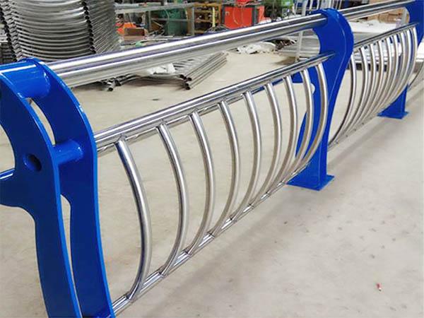 双金属管的形成原理